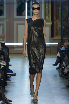 Roland Mouret   Spring 2013 Ready-to-Wear Collection   Style.com