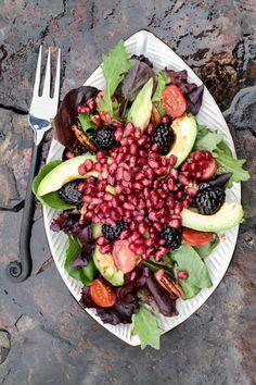 The anti-disease salad that everyone should eat once a week faciles gourmet de cocina de postres faciles pasta saludables vegetarianas Salade Healthy, Avocado Health Benefits, Vegan Recipes, Cooking Recipes, Tasty, Yummy Food, Going Vegan, Vegan Vegetarian, Food And Drink