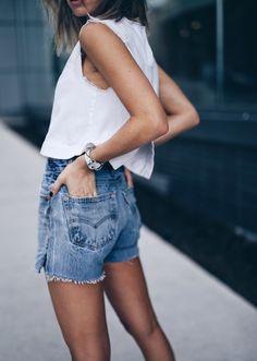 denim shorts @shopredone | THE AUGUST DIARIES