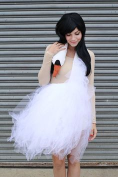 Bjork Swan Dress - 15 Innovative DIY Fashion Projects I'm only concerned with the swan dress and the studded bra. If my life was ideal I would wear both of those things in my everyday life.