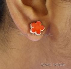 https://flic.kr/p/JGJ4ZM | Handmade Jewelry - Cardboard Stud Earrings (FAH489) (1) | These jewelries are made out of paper.…