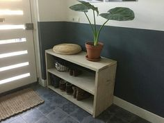House Rooms, Entryway Bench, Room Inspiration, Shoe Rack, Sweet Home, New Homes, Living Room, Storage, Interior