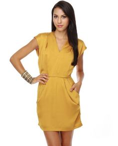 With some candy-colored accents and the perfect heels, the Theme Bonny Butterscotch Yellow Dress is right on point for Fall! Simple Dresses, Cute Dresses, Dresses For Work, Yellow Bridesmaids, Bridesmaid Dress, Wrap Dress, Dress Up, Holiday Dresses, Satin Dresses