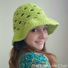 Make this gorgeous stacked shells floppy sun hat with the free pattern by The Lavender Chair! Materials: Worsted Weight Cotton. I 5.50mm Crochet Hook