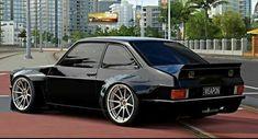 Super old super cars autos 56 ideas Ford Rs, Car Ford, Auto Motor Sport, Sport Cars, Retro Cars, Vintage Cars, New Audi Car, Chevrolet Impala, New Car Accessories
