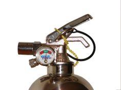 Válvula inteligente, ya que es multi-disparo, permitiendo administrar el agente extinguidor. Cold Fire tiene un alcance de disparo de hasta 6 - 8 mt.  #extintor #cold_fire #extinguidor #fireman #coldfire #incendio #bombero