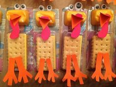 From making stone soup towatching A Charlie Brown Thanksgiving, teachers have their own special Thanksgiving classroom traditions...and the same goes for us room moms! Outside of the classroom feast (last parentto sign upgets stuck bringingthe turkey!), we're borderline obsessed with finding the most ingenious and festive use of prepackaged snacks -- you know, those store-bought treats that can most easily be transformed into pilgrims, turkeys, and the like for the class party.