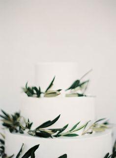 #cake, #green, #wedding-cake  Photography: Jen Huang - jenhuangphoto.com/ Event Planning: Stella & Moscha - www.stellaandmoscha.com/