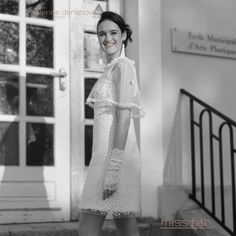 Daisy - Miss Fab  #robedemarieeretro #robedemarieevintage #robedemarieecourte #robepersonnalisable Daisy, Marie, Collection, Wedding Dress Petite, Love Story, Vintage Wedding Dresses, Margarita Flower, Daisies