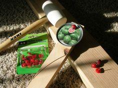 still parenting: Juice lid garden markers