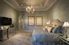 Traditional Bedroom Photos Gold Paint Design, Pictures, Remodel, Decor and Ideas - page 4 Faux Murs, Houzz, Faux Walls, Plaster Walls, Romantic Bedroom Decor, Modern Bedroom, Plafond Design, Small Bedroom Designs, Bedroom Photos