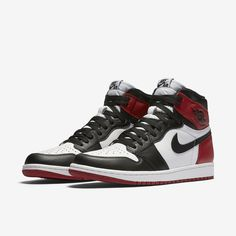 a40207e39435 Get a look at official images of the Air Jordan 1 Retro High OG Black Toe  that will release on November