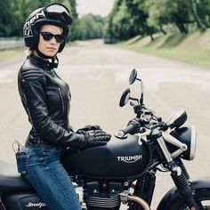 #Triumph Street Twin by Ethen Italy More