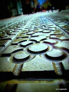 Bilbao sidewalk, with its typical tile. Spain Travel Guide, Basque Country, Spain And Portugal, Travelling, Giveaway, Buildings, Places, Sweet, Sewage Treatment