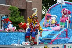 Clown float.