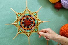 "Making a complex ""Ojo de dios"" step-by-step tutorial, By: Jay Mohler, via etsy."