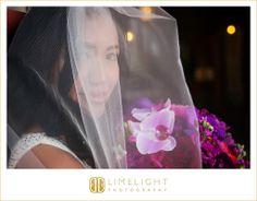 CASA MONICA, Florida, St.Augustine, bride, flower bouquet, wedding veil, wedding dress, white dress, wedding, wedding photography, Limelight Photography, www.stepintothelimelight.com