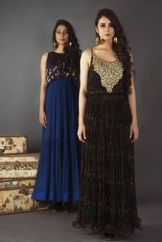 #PallaviJaipur #clothing #campaign  #shopnow #happyshopping #perniaspopupshop