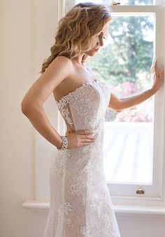 Roz la Kelin - Diamond Collection Venice-5989T Wedding Dress photo