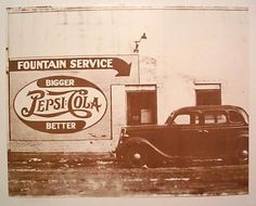 Fountain Service Pepsi Cola Photo 1940's Here is a neat collectible from the past, that would be great displayed as decorative wall art in: Game Rooms, Dorms, Bars, Restaurants, Clubs, Studios, Waitin