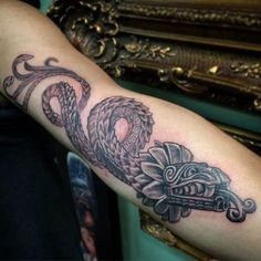 33 Mejores Imágenes De Tatuajes Mayas Mayan Tattoos Aztec Tattoo
