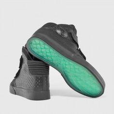 Nike - Flystepper 2K3 Premium (Black) at kicksUSA $110.00