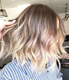 Blonde balayage short lob multidimensional colour Lived in hair colour Blonde bronde brunette golden tones Balayage face framing blonde  Textured curls