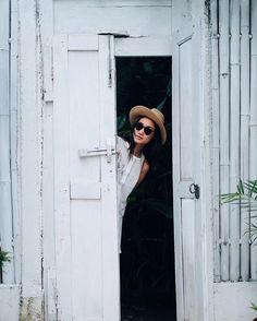 . SooBali White Stone 3 bedroom villa Seminyak - Peek-A-Boo !!  : @ganegani - Book directly on our website www.soobali.com - . . #soobalivillas #soobaliwhitestone