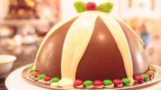 Christmas 'smash' pudding - kids will love it (filled with lollies like a piñata).