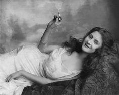 http://inthepastlane.com/wp-content/uploads/2012/11/cigaretts_woman_smoking_ca1900.jpg