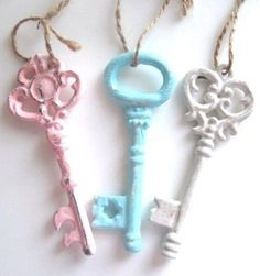 "Set 3 Shabby Chic Keys Aqua Pink & White Vintage 4 1/2"" Ornate Distressed Home Decor Hangers Chic Paris French Cottage Child Baby"