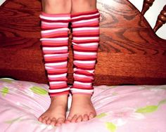 Karatootie: leg warmers from tights