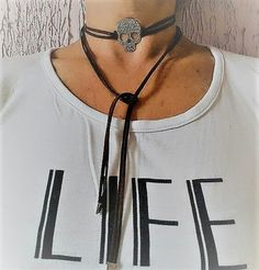 Choker cordao gargantilha colar pescoço skull caveira necklace feminino female moda fashion chic elegante bijoux bijuterias