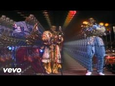 Earth, Wind & Fire – music for the shower: http://steamshowersinc.com/blog/the-ultimate-playlist-for-the-shower/
