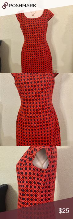 Dress, size 10, NWT Dress by C Wonder, size 10, fully lined, side zip.  Has a kick pleat in the back that's still stitched down. (Pic #6) Beautiful Coral & Navy color. 94% cotton, 6% polyester, Dry Clean C Wonder Dresses Midi