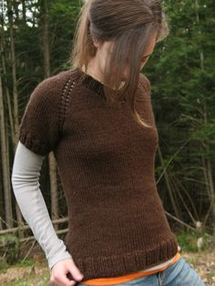 Mud Season (XS-2XL) (US10/6mm.) raglan, top-down, one-piece free pattern by Elizabeth Smith