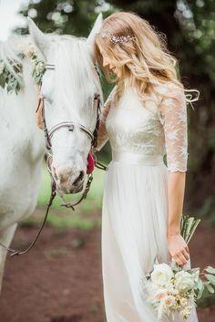 Wedding dress bohemian wedding creamy white lace by Goroshina