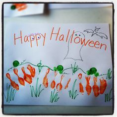Need a last minute easy craft for tomorrow's school party?    Halloween Craft: Pumpkin Patch