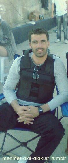Mehmet Akif Alakurt Turkish Actors, Perfect Man, Overalls, Handsome, Vest, Model, Pants, Fashion, Built Ins