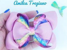 ✓Laço Amora + Gravatinha Acoplado🎀🎀 - YouTube Handmade Hair Bows, Diy Hair Bows, Diy Bow, Baby Hair Accessories, Boutique Hair Bows, Bow Tutorial, Making Hair Bows, Girls Bows, How To Make Bows