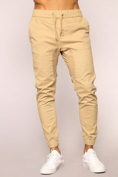 55 Cool Men Joggers Style Ideas is part of Pants outfit men - On the Street There are such huge quantities of ways you may boost your jogger style Jogger jeans can be […] Khaki Pants Outfit, Jogger Pants Outfit, Jogger Pants Style, Khaki Joggers, Mens Jogger Pants, Cargo Pants, Men's Pants, Kakis, Black Men Street Fashion