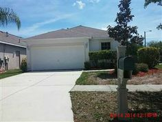 6801 EXETER PARK PL, APOLLO BEACH, FL 33572 - Listing #: T2625423Nice 3 bedroom, 2 bath, 2 car garage with approx 1260 square feet of living space. Walk in the front door to kitchen/family combo. Split bedroom floor plan. Home has fresh interior paint, carpet, new appliances and more. This home is nestled on a great corner lot with a fenced in back yard.