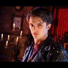 Young Dracula - Malik
