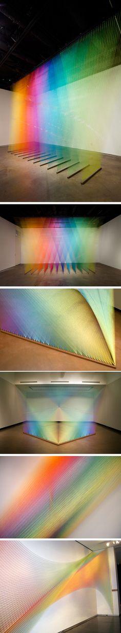 Arte com fios coloridos - artista Gabriel Dawe