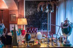Visiting interior designer Carlo Rampazzi in his atelier #Selvaggio #design #interiordesign #CarloRampazzi Star Wars, Designer, Vanity, Interior Design, Mirror, Home Decor, Atelier, Home Architect, Dressing Tables