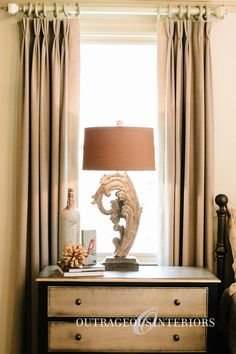 Who wouldn't want this incredible table lamp in their home?