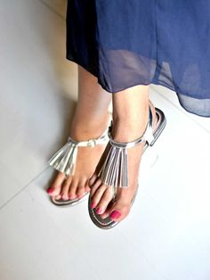 5884838f58d Metallic Silver Tassel Sandals