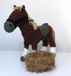 Crochet Horse, Knit Crochet, Western Cowboy, Zebras, Lana, Crocheting, Crochet Patterns, Crafting, Horses