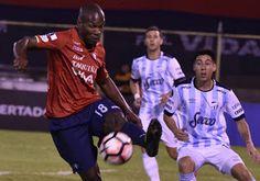 Blog Esportivo do Suíço:  Jorge Wilstermann vira para cima do Tucumán e pressiona o Palmeiras