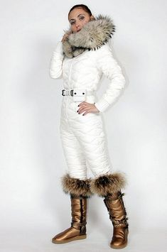 white skioveralls Fur Fashion, Sport Fashion, Unique Fashion, Winter Fashion, Fashion Outfits, Womens Fashion, Winter Suit, Winter Wear, Mountain Wear